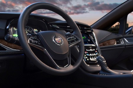 Cadillac ELR 2014 - Steering wheel