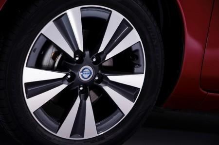 New Nissan Leaf Wheel