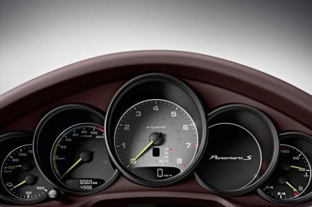"Porsche Panamera S E-Hybrid - Instrument Cluster ""Hybrid"""