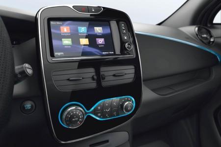 Renault ZOE Electric Car - Renault R-Link multimedia display