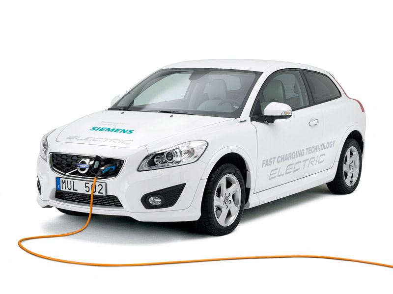 Volvo C30 Electric Generation II - Front, Charging The Battery