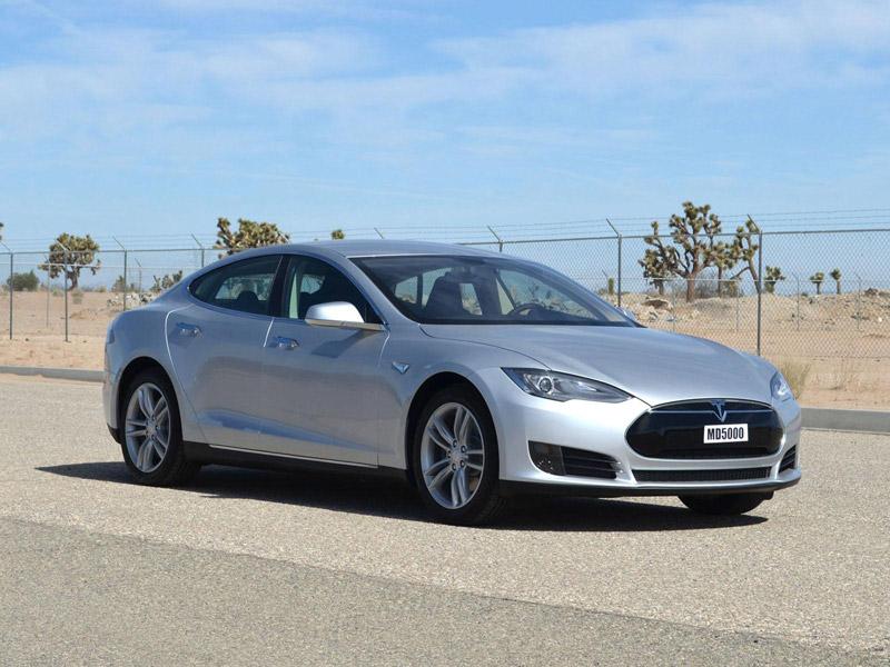 Tesla Model S scores five stars in crash safety tests
