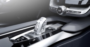Volvo Concept Coupé hybrid - crystal gear stick