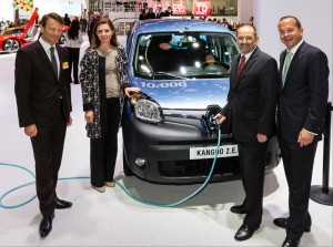 10000th Renault Kangoo Z.E. Van sold