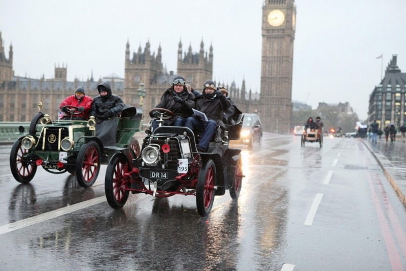 A Typically wet and wild November day in London on the Veteran Car Run from London to BrightonLawson-MMC-4