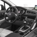 Peugeot 3008 HYbrid4 - Interior