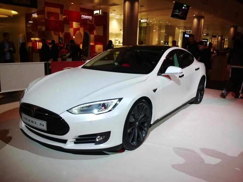Tesla London Store Opening Event - PHOTO: Jonathan Musk