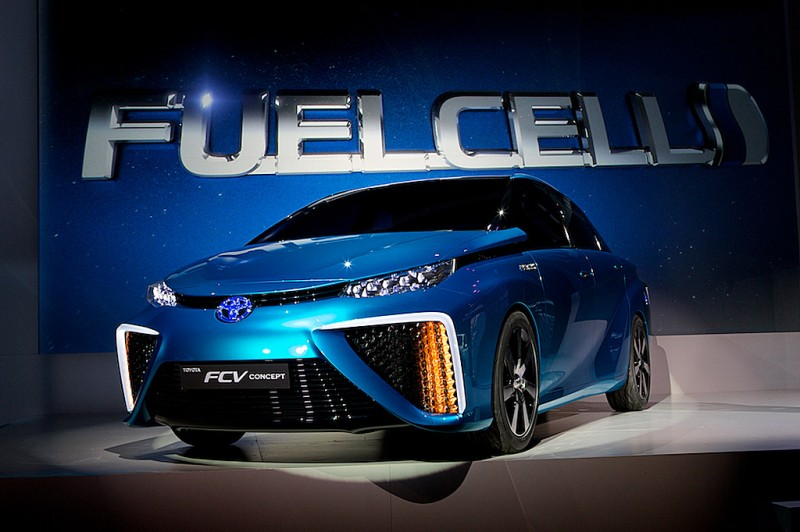 CES Toyota FCV 2014