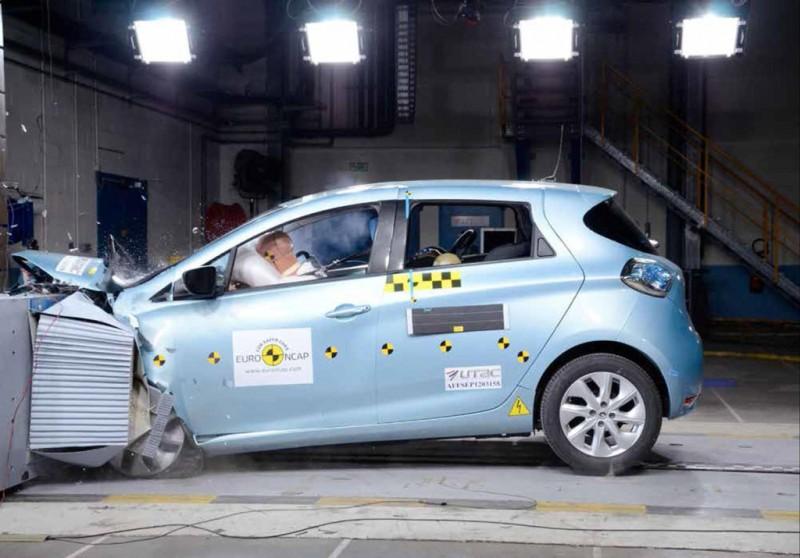 Renault ZOE Euro NCAP Crash Test
