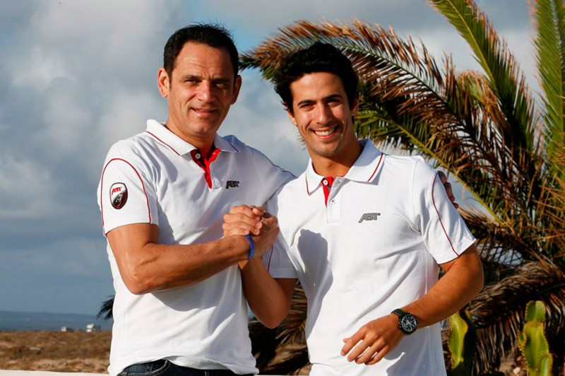 1. Lucas di Grassi (right) with ABT team owner Hans-Jürgen Abt