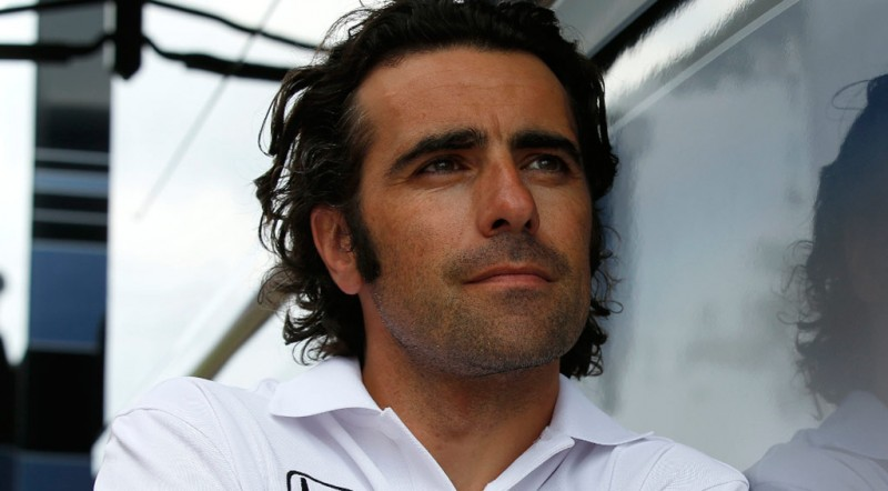 Four-time IndyCar champion Dario Franchitti is to join the host television commentary team for the FIA Formula E Championship.