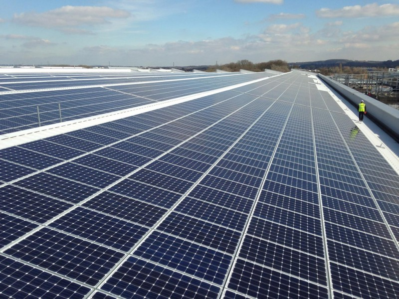 Jaguar Land Rover installs UK's largest rooftop solar panel array at its Engine Manufacturing Centre