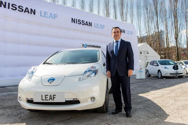 Carlos Ghosn with Nissan LEAF EV