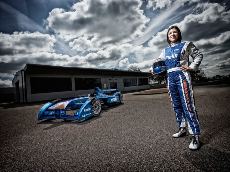 British racer Katherine Legge has today signed for newly titled Amlin Aguri Formula E team, becoming the first female driver for the new all electric FIA Formula E Championship