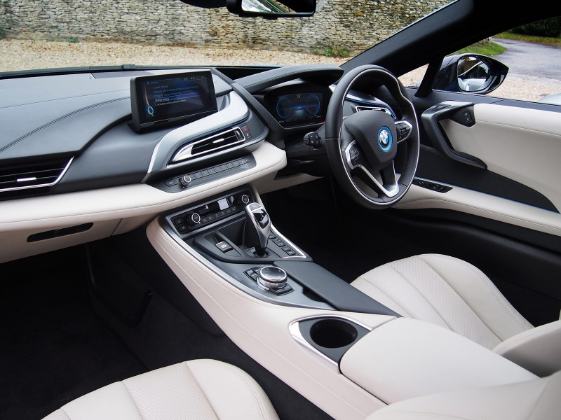 BMW i8 - AutoVolt 02