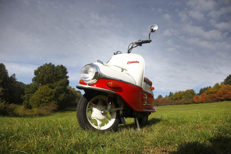 Cezeta electric scooter - Prototype 3 front