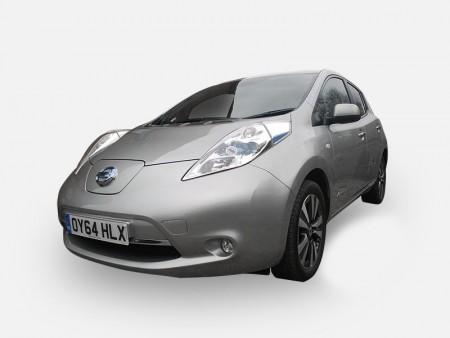 Nissan LEAF electric car #EV2PARIS