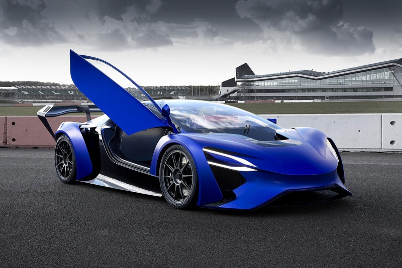 Techrules AT96 TREV supercar concept - on track