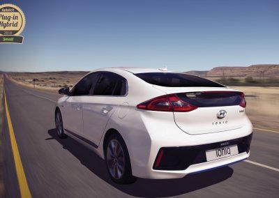Hyundai Ioniq Hybrid AutoVolt Awards 2016