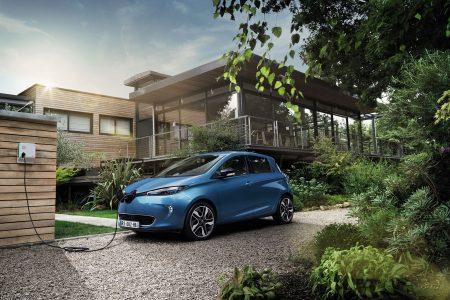Renault ZOE ZE 40 - Credit: ARNAUD TAQUET/PRODIGIOUS